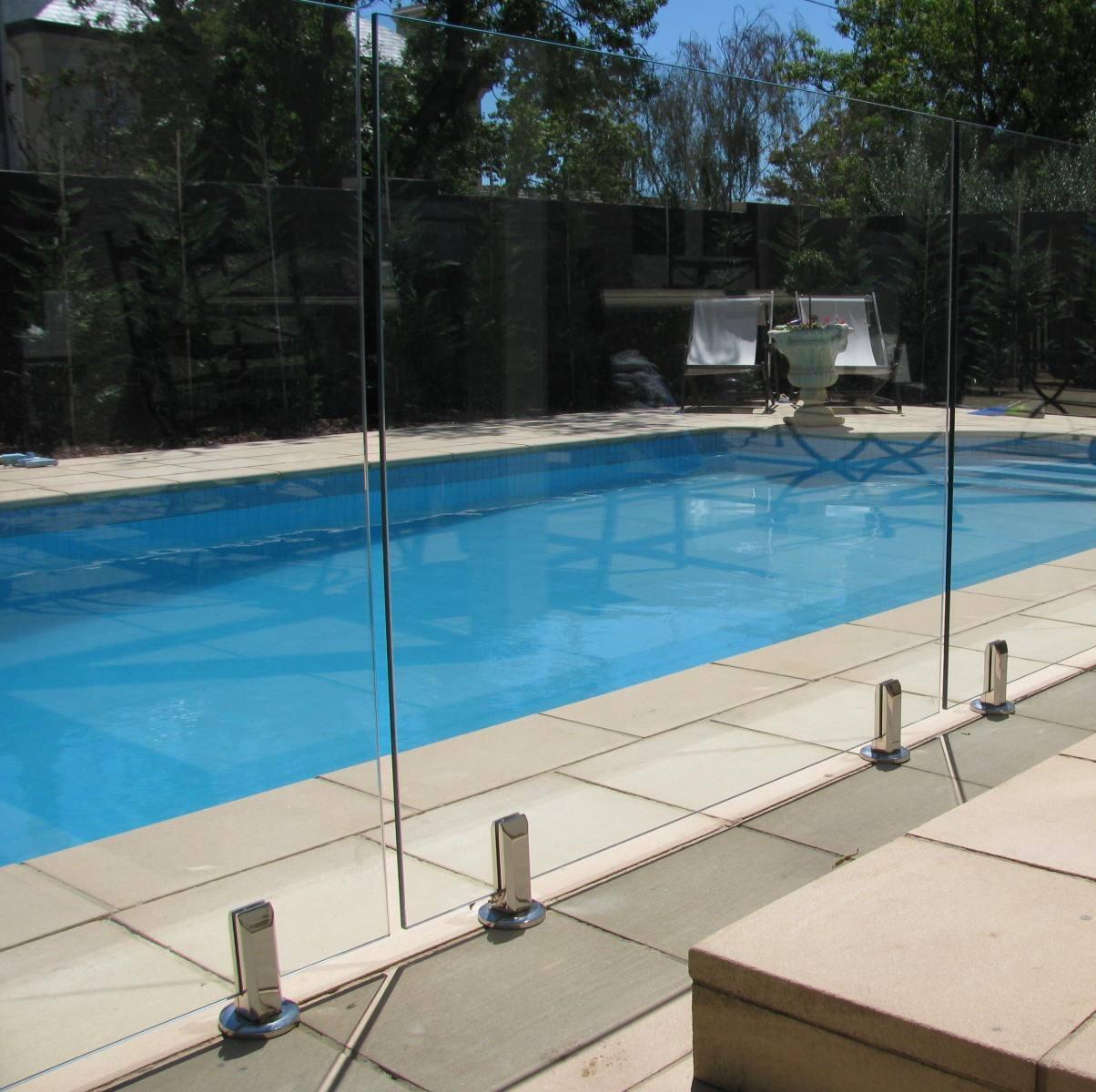 Glass Fencing Hampton