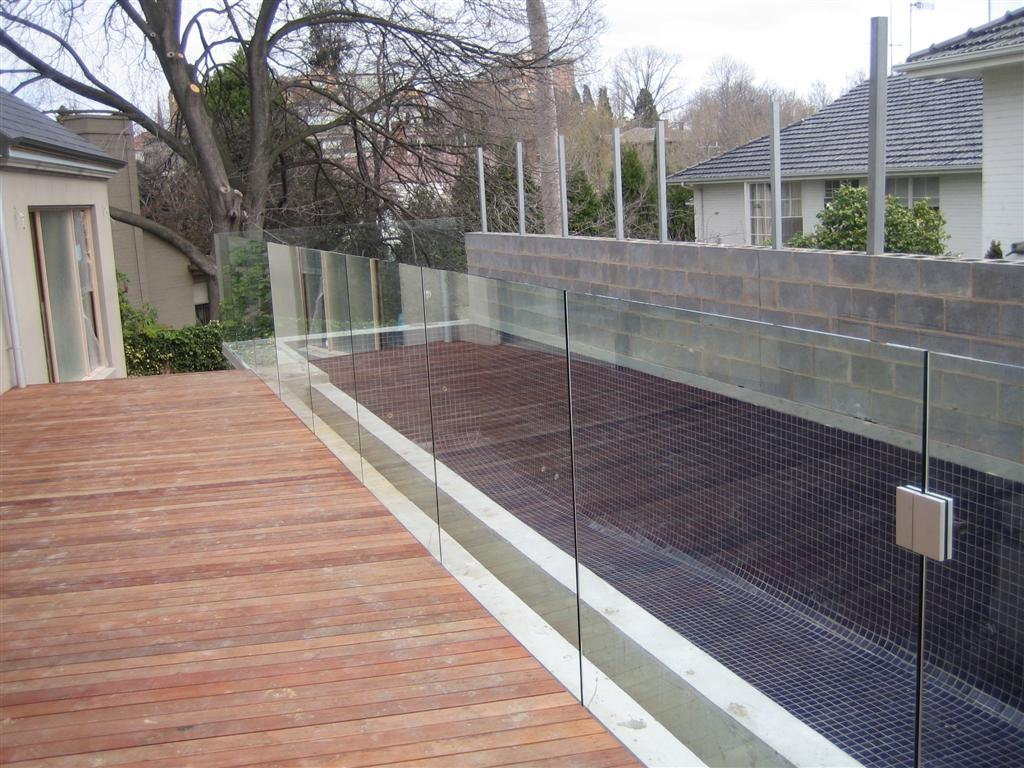 Glass with channel under deck