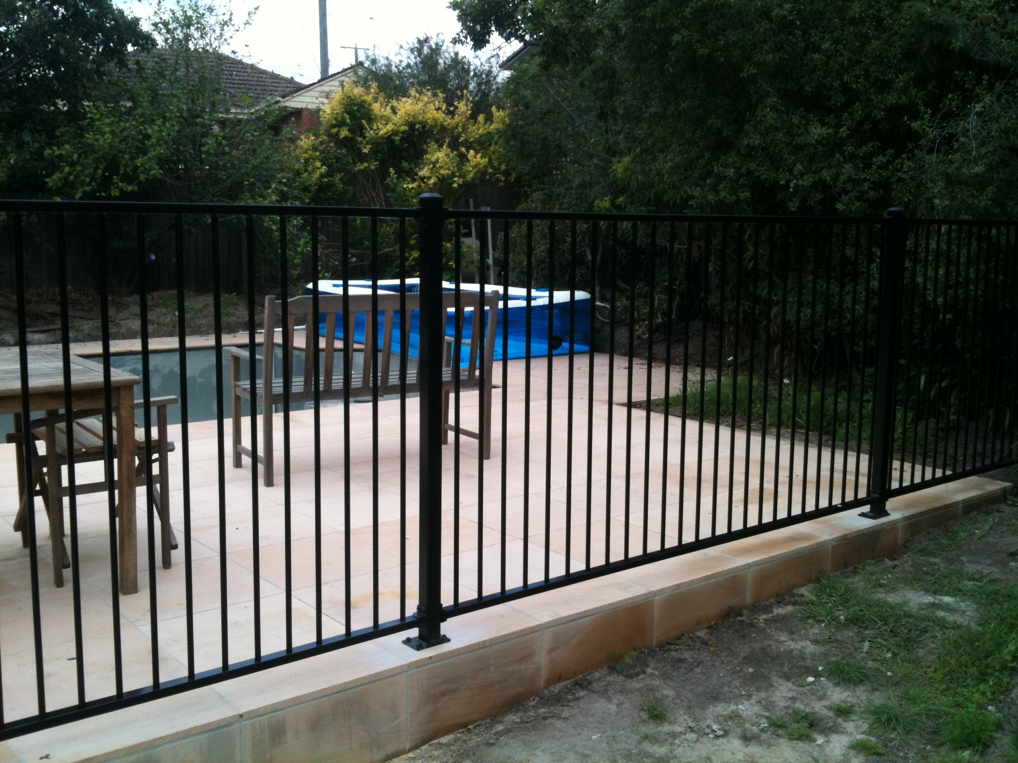Flat Top pool fence