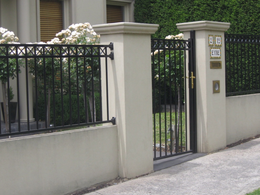 Metal Fences Can Be A Great Choice For Practical, Low Maintenance Fencing.  Custom Made To Your Specifications, This Striking Choice Will Surround Yu2026