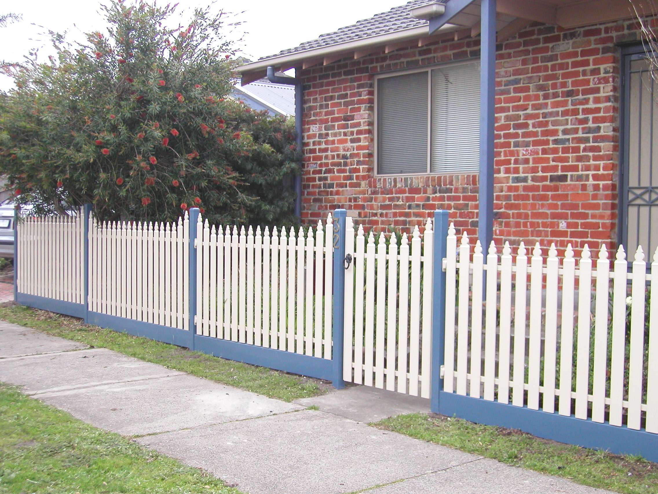 steel picket fencing metal picket fencing steel fences melbourne